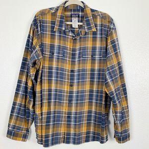 Patagonia Blue Plaid Button Down Long Sleeve Shirt
